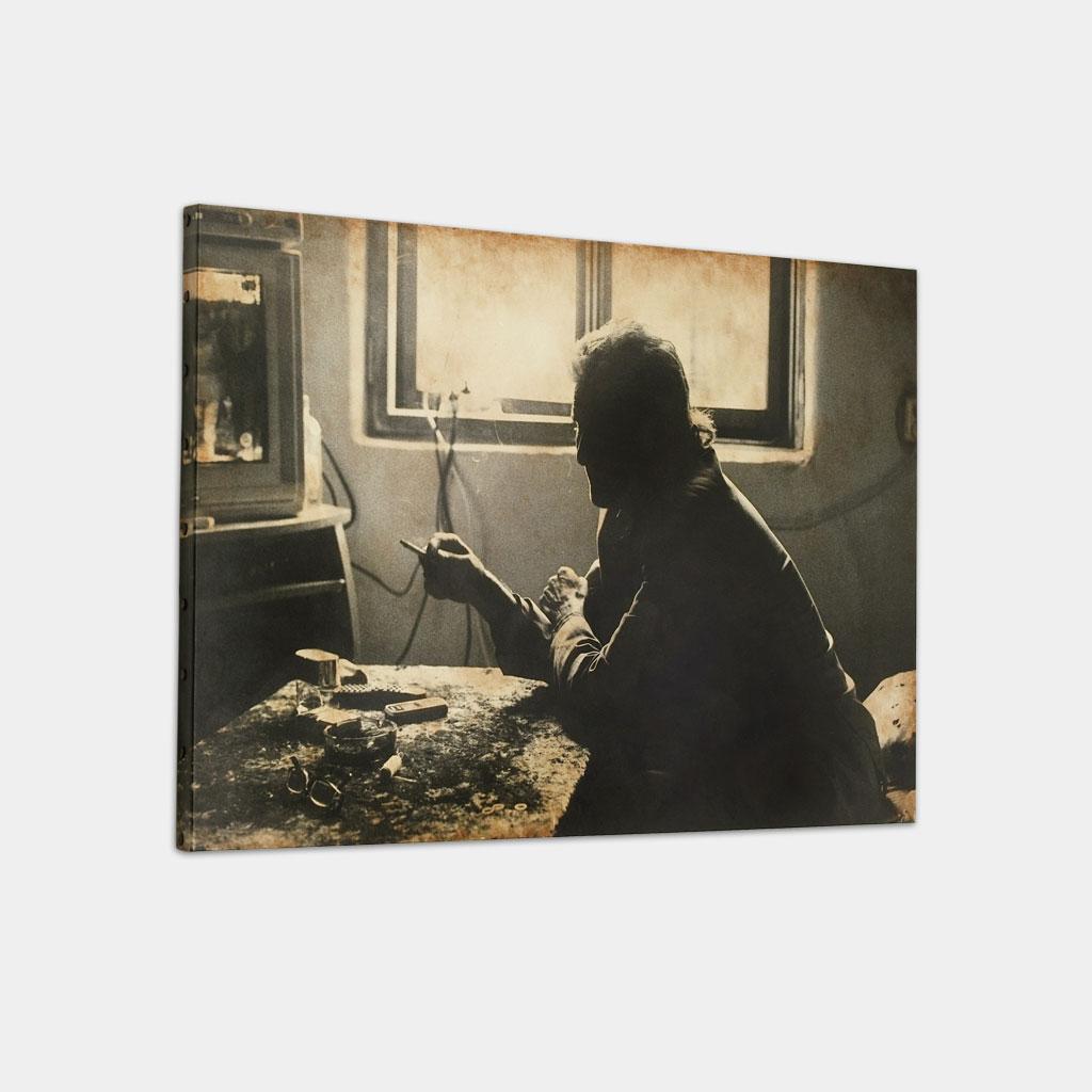 ファルカウの写真 (斜め)